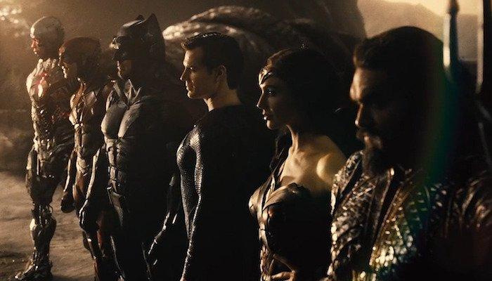 Henry Cavill Ezra Miller Ben Affleck Gal Gadot Ray Fisher Jason Momoa Justice League