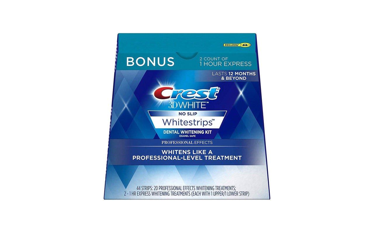 """Crest """"3D-White"""" whitening strips kit"""