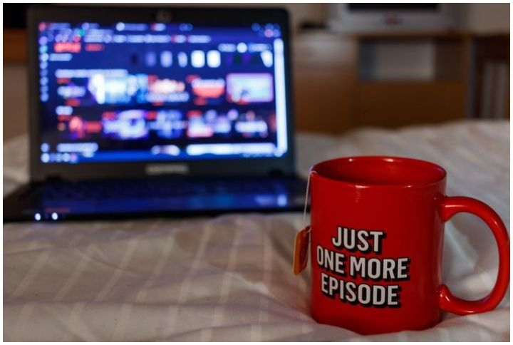 Binge watching a Netflix show, just one more episode By Nicolas Maderna | www.shutterstock.com